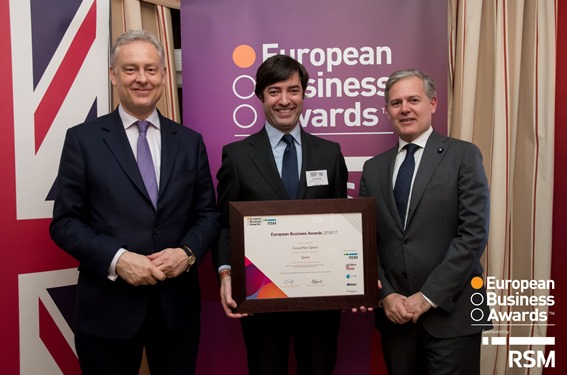 LeasePlan España galardonado con el premio National Champion en los European Business Awards 2016/17